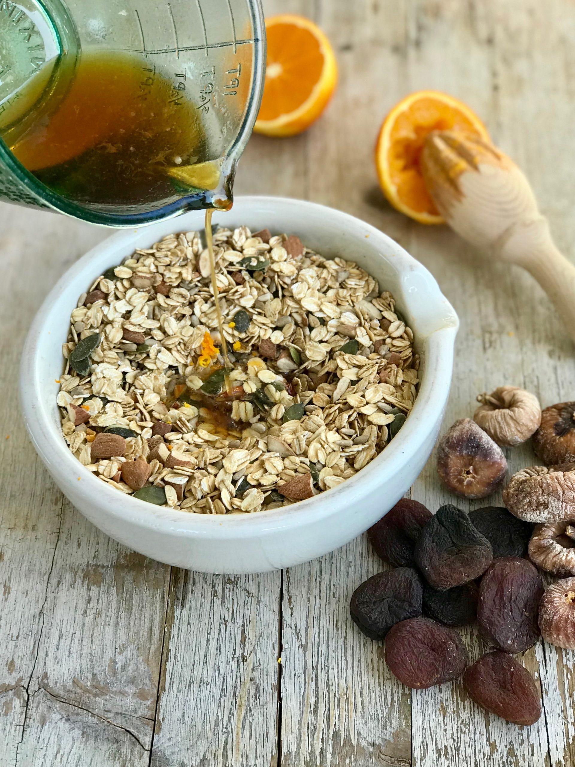 Home_made_granola_recipe.jpg