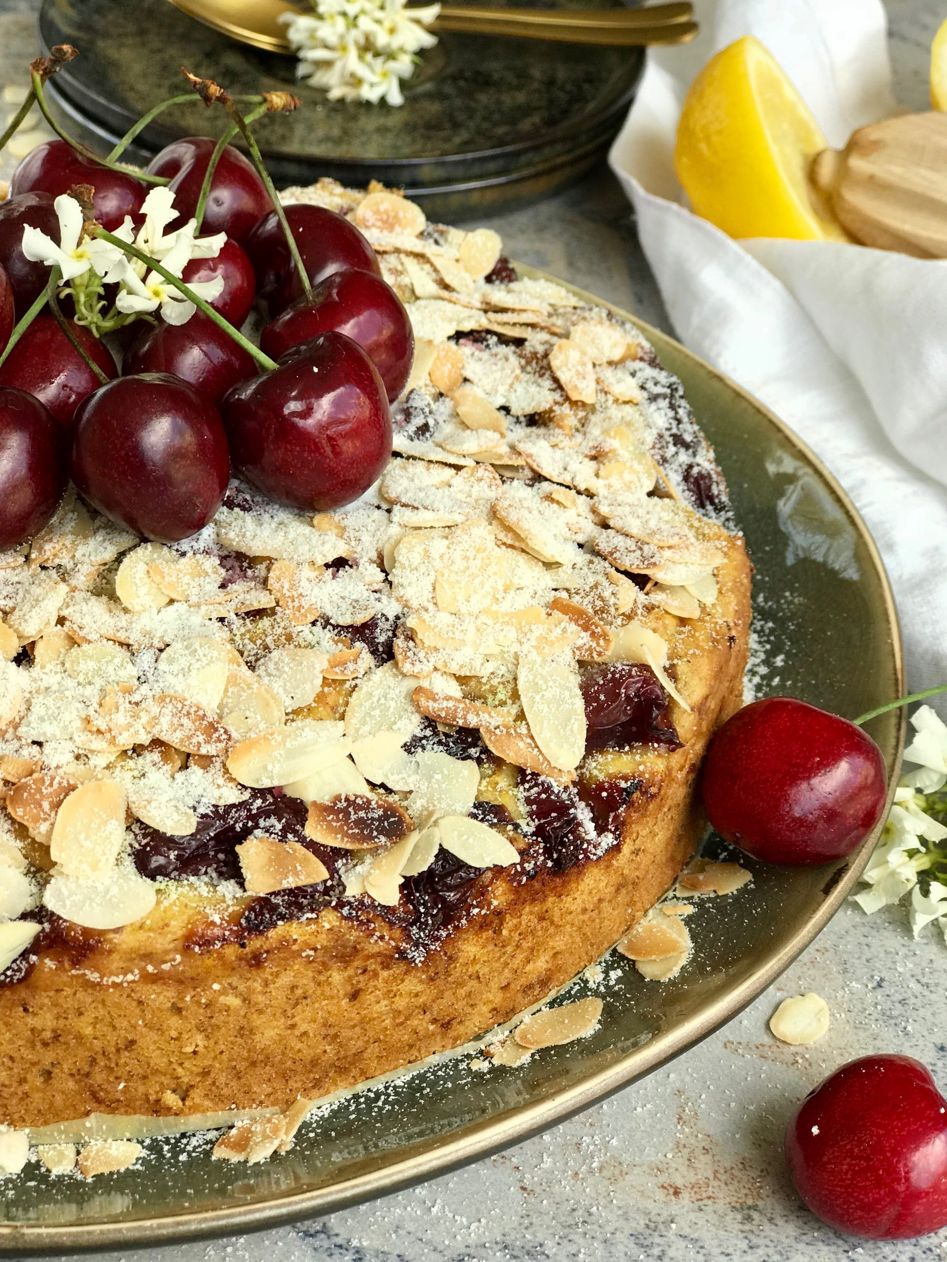 Vegan_gluten_free_cherrie_cake.jpg